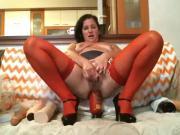 Queen Vivian 4