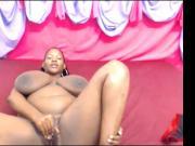 Ebony webcam: Silkytits boobs & fuck
