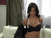 Evi Fox gives a sexy virtual lapdance