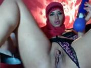 Chechen Hijabi Woman masturbating in WebCam
