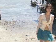 Yuriko Shiratori - blue skirt