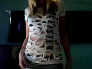 Gorgeous Babe Gets Naked On Cam