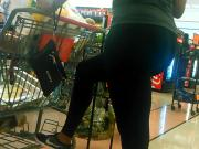 Shapely chick in leggings at the grocery store