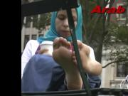 hijab feet