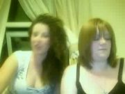 2 gilrs mucking about on webcam flashing tits