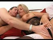 Horny mature blonde Robyn Ryder