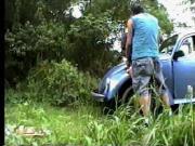 Crisputinha trepando no mato-1