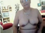 My chubby mom having fun on webcam