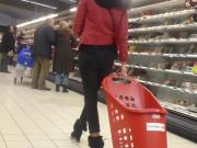 Candid : Blonde in black tight jeans ! AWESOME