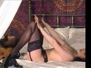 Susanna Francessca bed strip