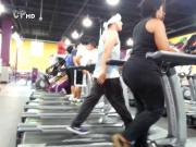 Big Booty not Mama and not her stepdaughter working out