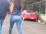 Teen ass in jeans, lindo Culote de jovencita