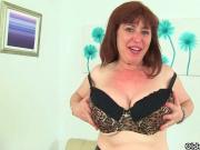Britain's sexiest milfs part 10