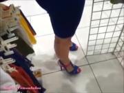 vestido azul sin calzones