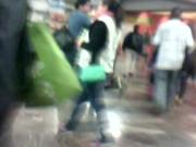 En el metro: morena madura exhibicionista