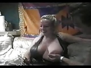 mature BBW blonde likes to fuck