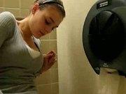girl surprise during orgasm in toilet !!!