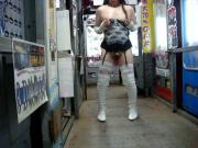Japanese CD drops load in public