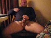 Cub with big load in hotel bate