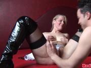 Pussyeaten dutch prostitute treating tourist
