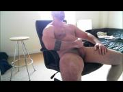 Superb muscle man plays and cums big!