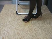 hotlegs-brutal cock trampling