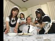 japanese maids facesit pt.1