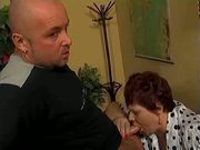 oma rinces some bald bloke's hornet