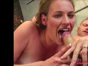 Amateur Daisy sucking a dick