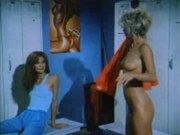 Amber Lynn vs Linda Titan - Classic Girl-Girl Scene.