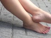 Candid Sexy Bare Feet & Legs & Painted Toes