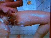 webcamgirl shaving pussy