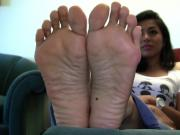 Filipina feet