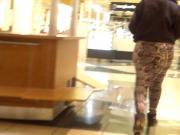 Big Soft Jigglin Ass At The Mall!