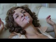 Jolie mature se fait baiser la bouche + facial