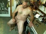 DAD SHOW HOW HE FUCK W HOT CUM