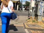 Ass walk