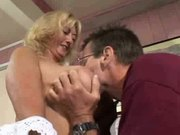 Hot Mature Curvy Blonde Rheina Shine