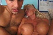 Mature bodybuilder YPP