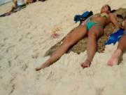 Novinha Tomando Sol com a Xoxota arreganhada!