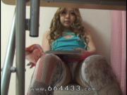 Peeping the masturbation of japanese teen girl.