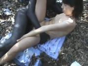 Prostituta italiana scopa nero nel bosco
