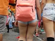 omg juicy hot white ass cheeks in shorts!