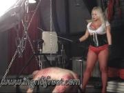 SCREAM LOSER ! FEEL MY CANE NOW !