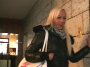 Caro-Deluxe - Echten User im Hotel besucht
