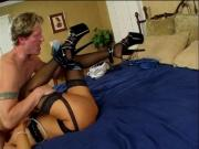 Petit brunet with curvy body gets her juicy pussy licked during 69