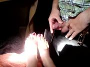 Cumshot on Stephs Feet