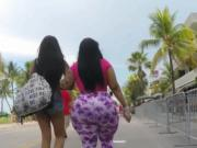 Big phat ass jiggling in public