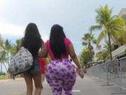 Big phat ass jiggling in public
