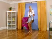 HOT BLONDE GIRL PEES TROUGH HER SLIP